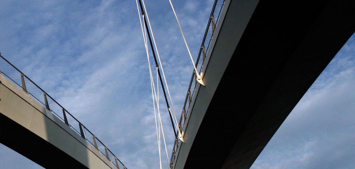 trend_archi_amdam_bridge_detail