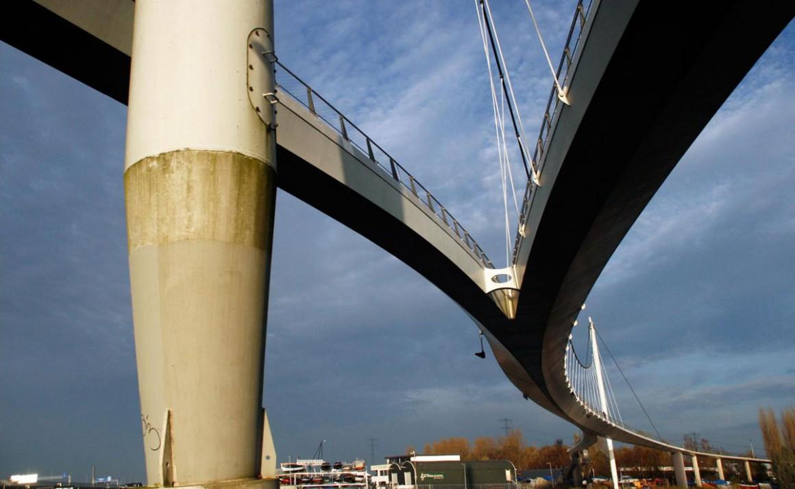 trend_archi_amdam_bridge_full